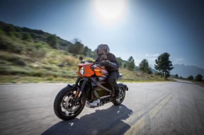 Ausrechnet Harley-Davidson ist im Reigen der etablierten Motorradhersteller mit seiner neuen Livewire ein Vorreiter in Sachen E-Mobilität