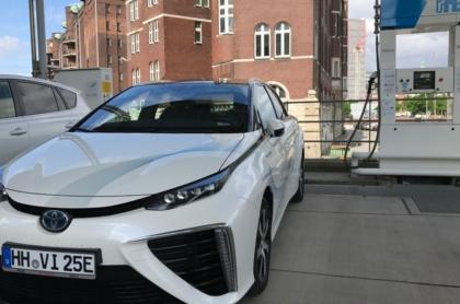 Wasserstoff-Auto_Toyota_Mirai_Specht_SP-X-1300x731